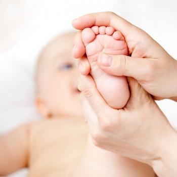 Massage + reflexologie reflexologie plantaire bébé